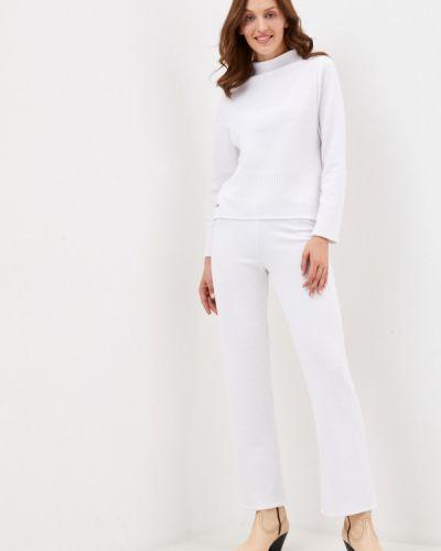 Костюмный белый вязаный костюм Winzor