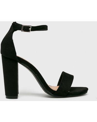 Туфли на каблуке черные Truffle Collection