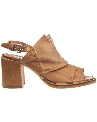 Beżowe sandały Mjus