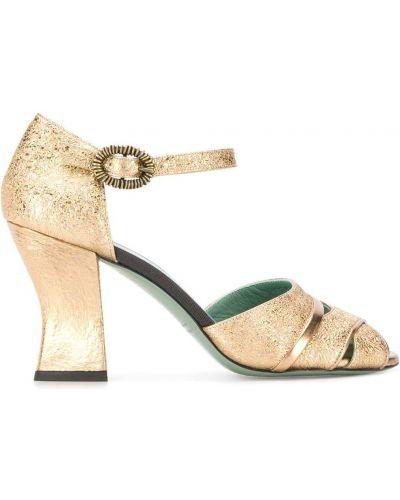 Сандалии с пряжкой на каблуке Paola D'arcano