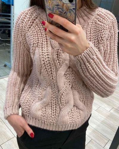 Серый шерстяной вязаный свитер с косичкой Vovk
