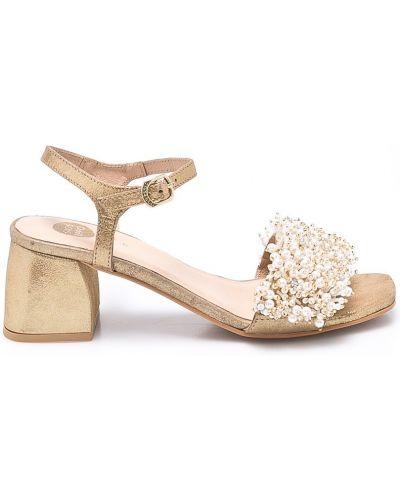 Туфли золотого цвета Gioseppo