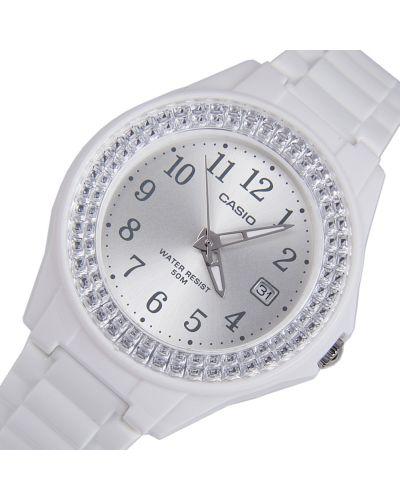 Klasyczny biały zegarek Casio