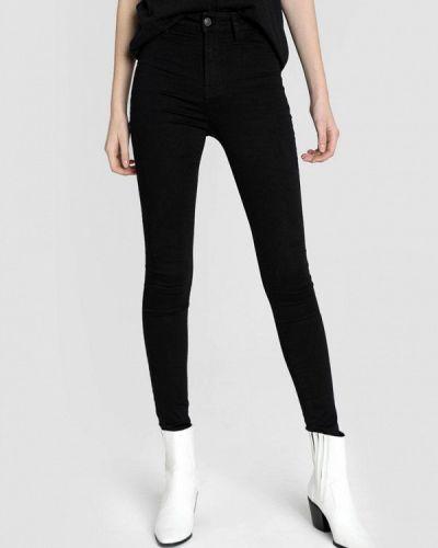 Черные джинсы-скинни узкого кроя O'stin