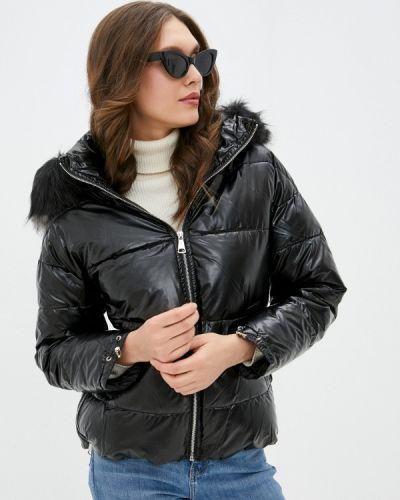 Утепленная черная куртка Softy
