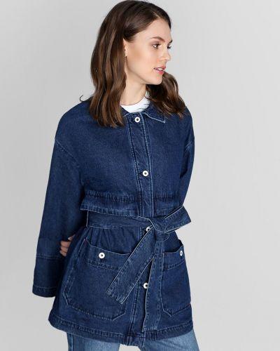 Джинсовая куртка с нашивками - синяя O'stin