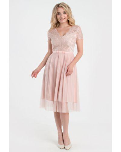Приталенное кружевное вечернее платье на торжество Filigrana