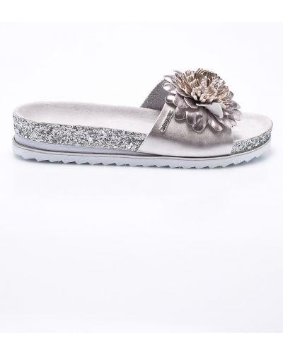 Сандалии серебряного цвета Bugatti