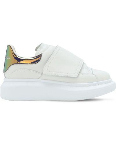 Z paskiem skórzany biały sneakersy na hakach Alexander Mcqueen