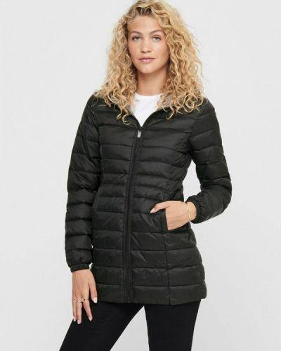 Теплая черная куртка Only