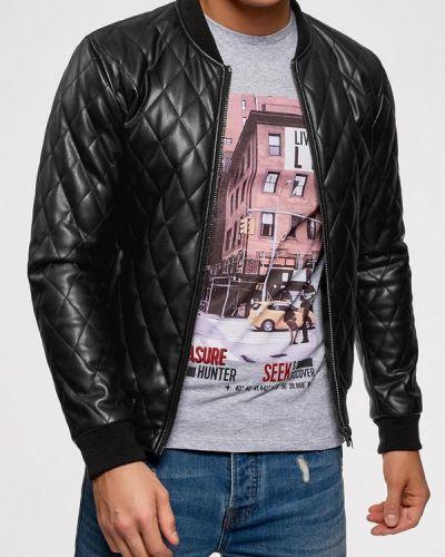 Черная кожаная куртка Oodji