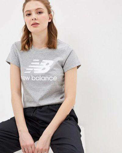 Серое поло New Balance