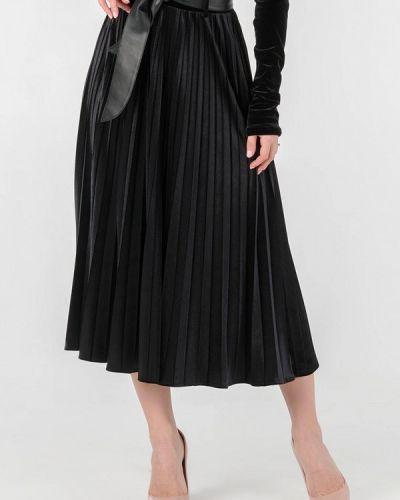 Черная плиссированная юбка O&j