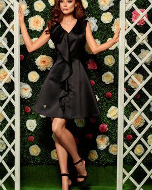 Czarna sukienka na komunię z falbanami Lemoniade