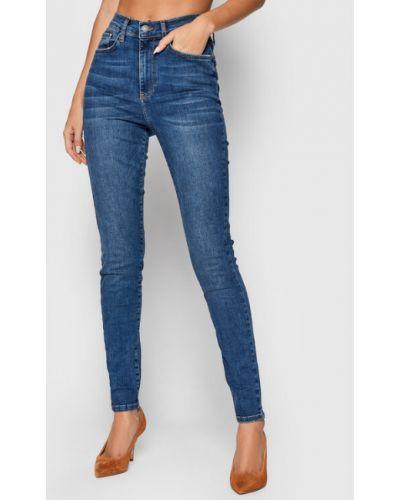 Niebieskie mom jeans Y.a.s