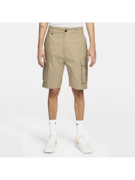 Klasyczne brązowe szorty cargo Nike