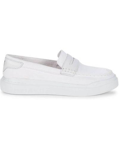 Белые лоферы на каблуке классические Cole Haan