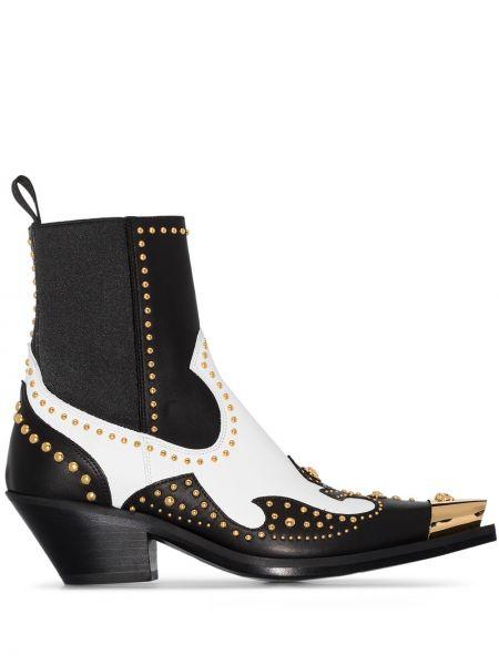 Buty na obcasie na pięcie z ostrym nosem Versace