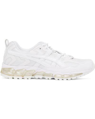 Ажурные белые кожаные кроссовки на шнуровке на каблуке Gmbh