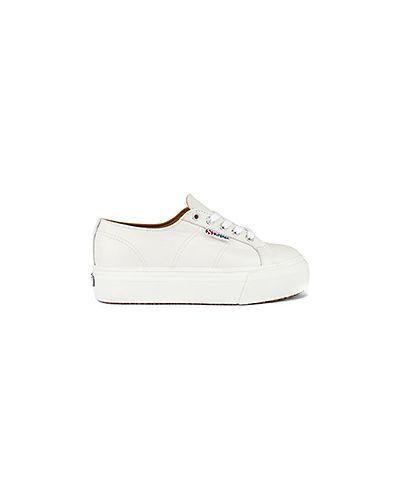 Кожаные кроссовки на платформе белый Superga