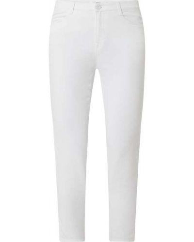 Białe jeansy bawełniane Brax