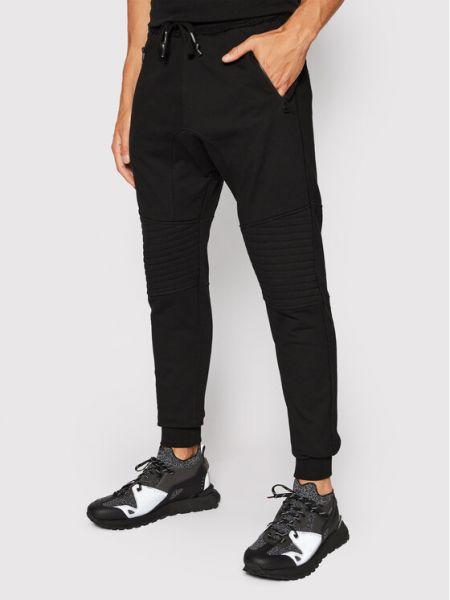 Czarne spodnie dresowe Tigha