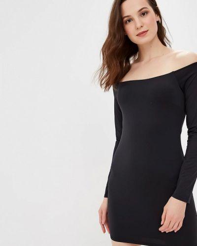 Платье с открытыми плечами осеннее Sh