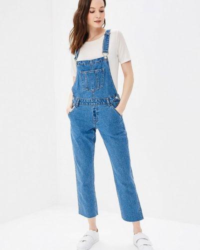Синий джинсовый комбинезон Jennyfer