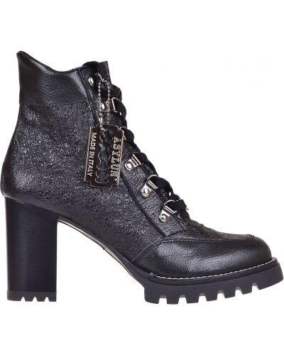 Ботинки на каблуке осенние кожаные Asylum