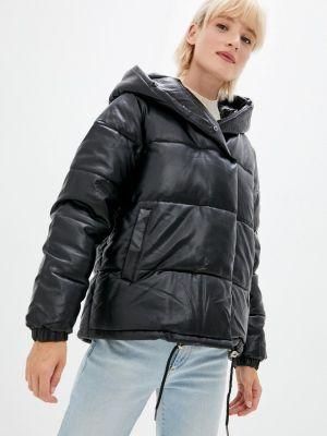 Черная демисезонная куртка Fadas