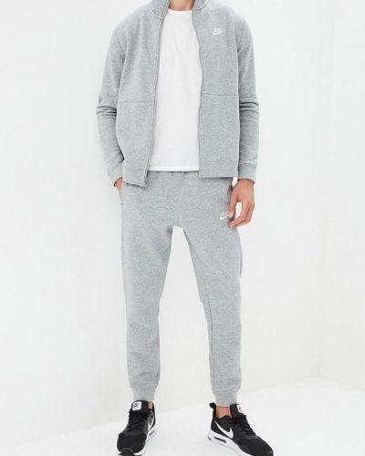 Серый спортивный костюм Nike