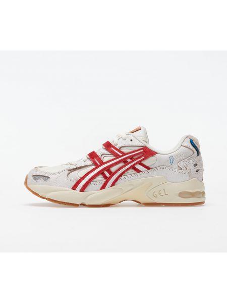Белый классические туфли Asics