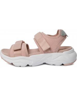 Розовые сандалии Demix
