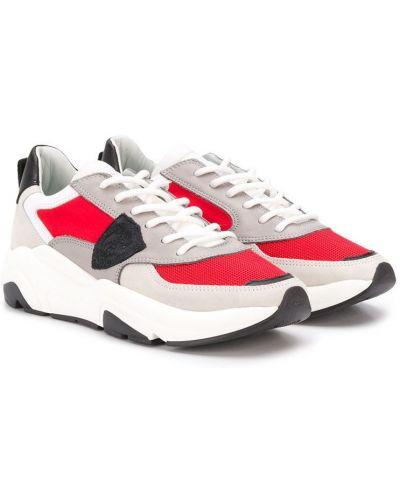 Кружевные кроссовки с заплатками на шнурках круглые Philippe Model Kids