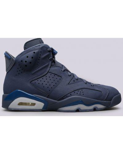 Синие кроссовки Jordan
