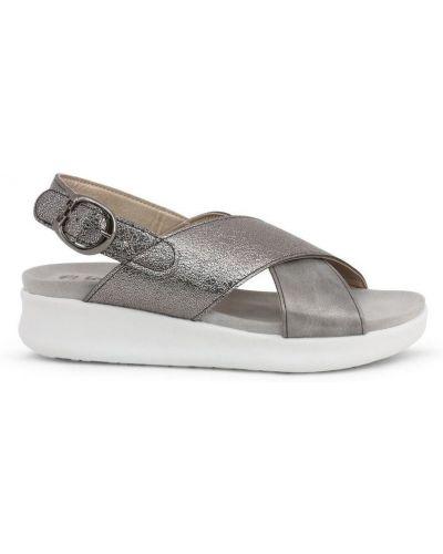 Sandały skorzane na koturnie Inblu