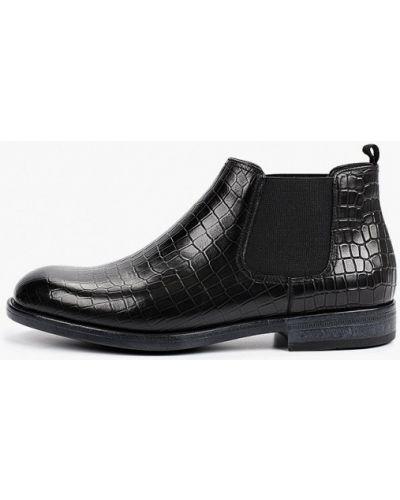 Черные ботинки челси осенние Vitacci