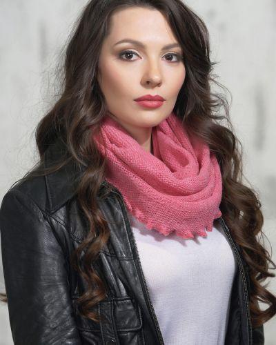 Розовый шарф шерстяной Vay