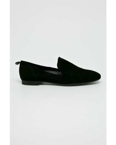Кожаные туфли на каблуке Gino Rossi