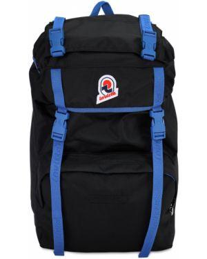 Czarny plecak z haftem z nylonu Invicta