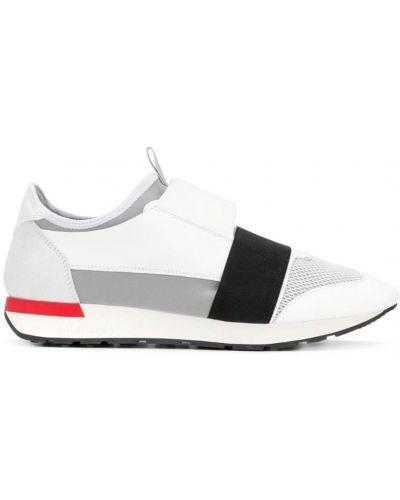 Белые кроссовки беговые Balenciaga