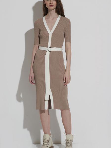 Платье с поясом из вискозы с вырезом Vassa&co