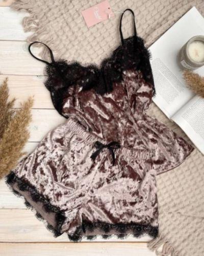 Кружевные пижамные велюровые шорты Christelle