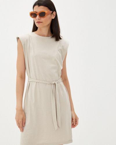 Бежевое платье Q/s Designed By