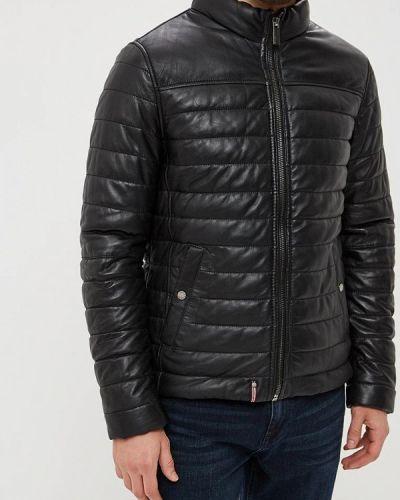 Черная куртка осенняя Oakwood