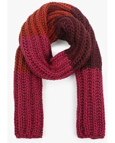Красный шарф Coccinelle