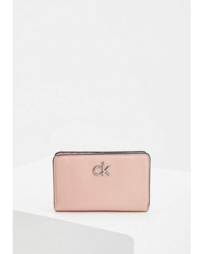 Розовый кожаный кошелек Calvin Klein
