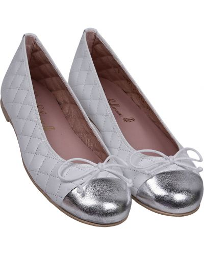 Белые туфли Pretty Ballerinas