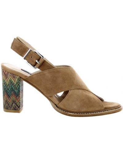 Brązowe sandały Zinda