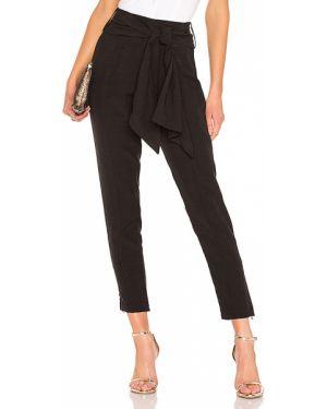 Czarne spodnie z paskiem z wiskozy Atoir
